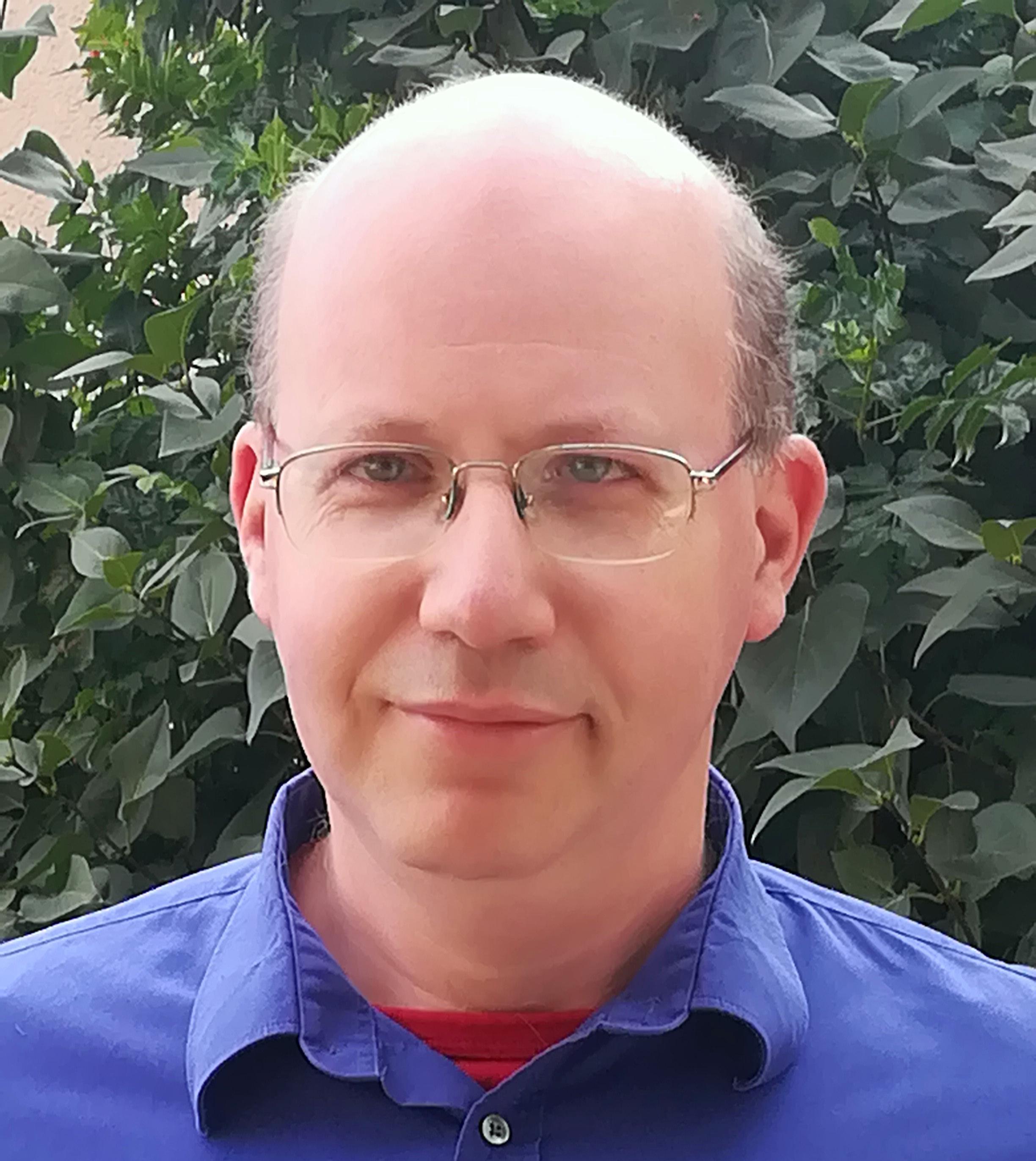 Dr. Gábor Kósa